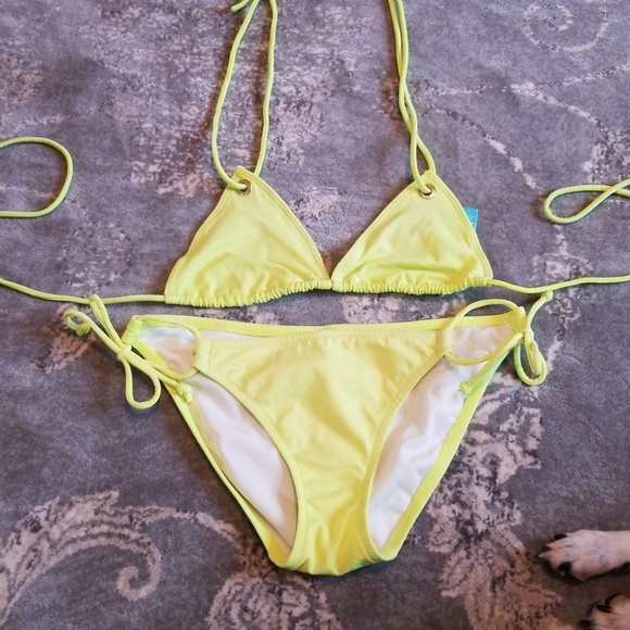 76c0fc1b8390f Victoria's Secret neon yellow triangle bikini